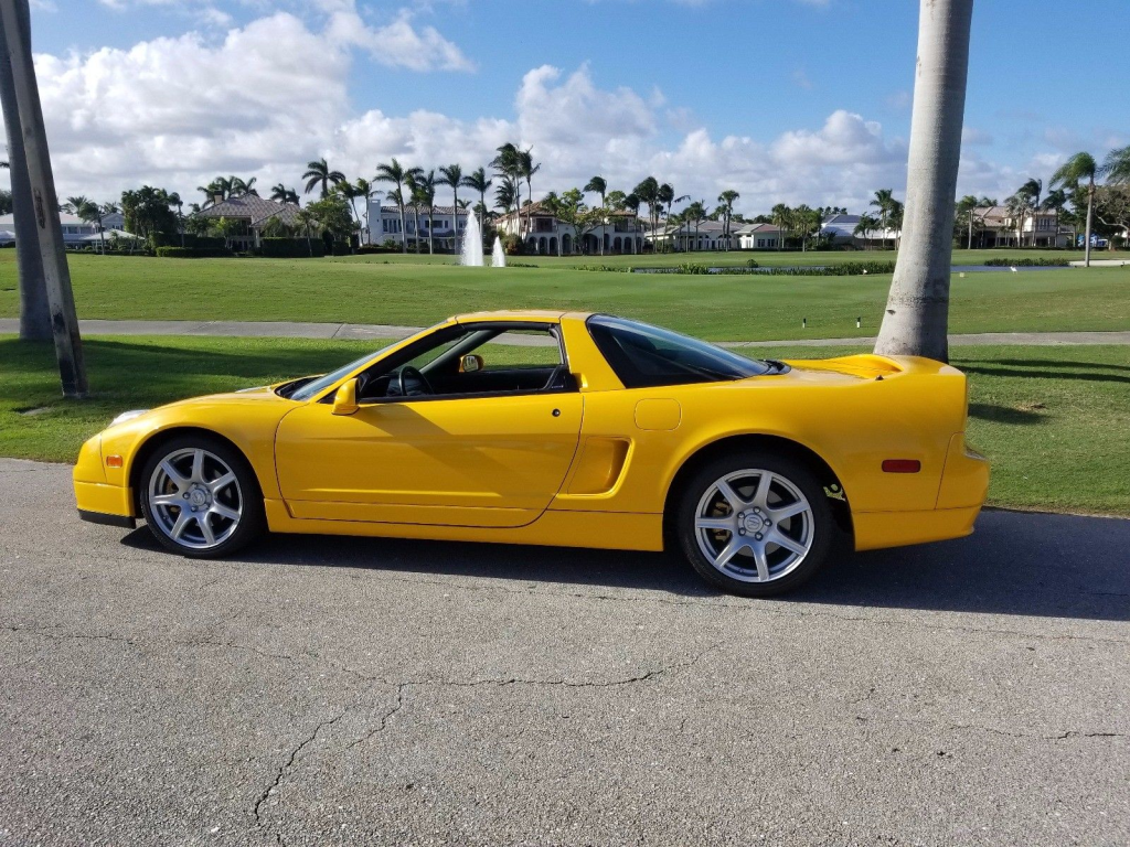 2005 Acura NSX in Rio Yellow over Black